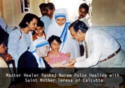 Dr. Pankaj Naram con Madre Teresa di Calcutta
